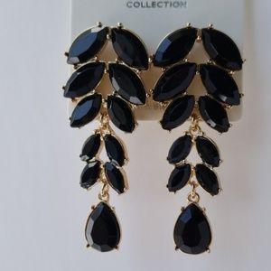 🆕️ MIA Black Dangle Earrings